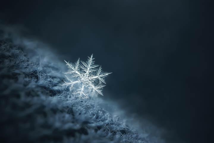 Schneeflocken sind hochkomplexe Gebilde