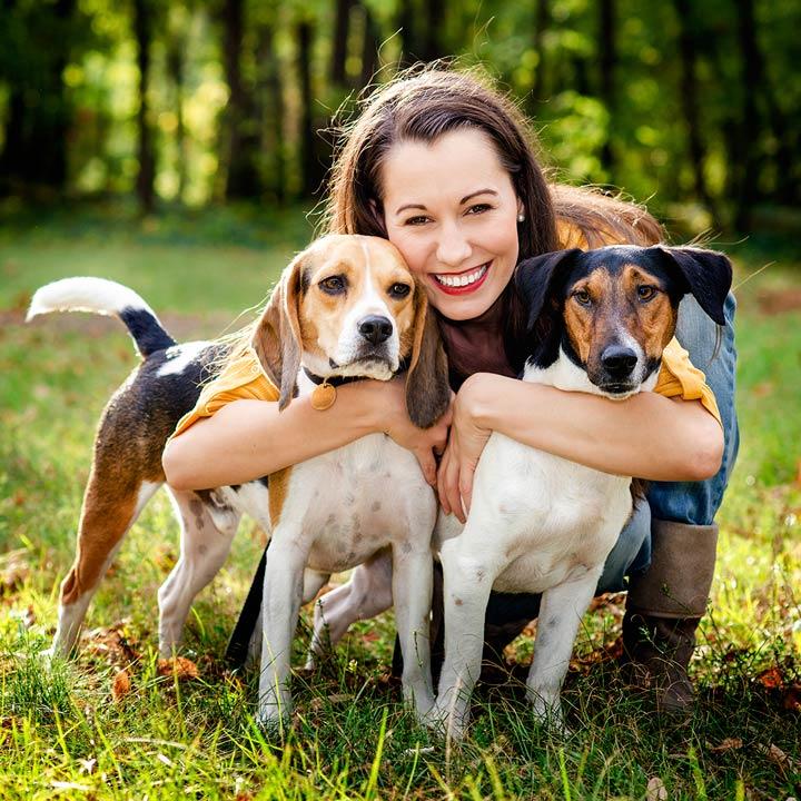Haustiere mit Besitzerin