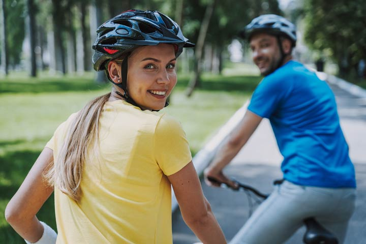 Radfahrer auf flacher Strecke