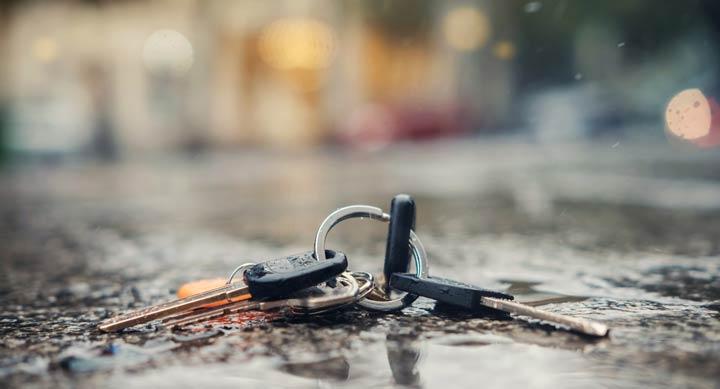 Schlüssel unterwegs verloren