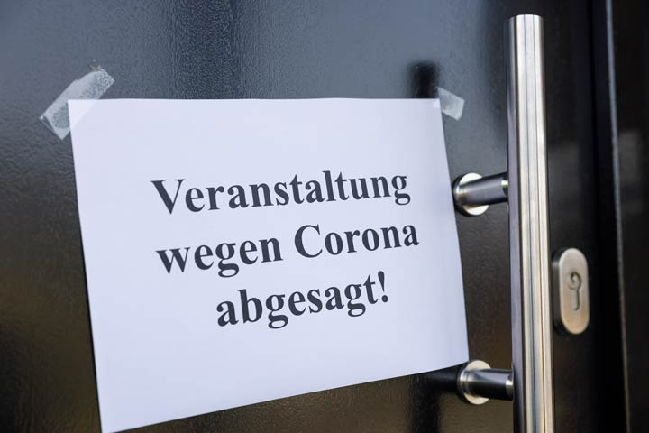 Den Corona-Maßnahmen ausgeliefert