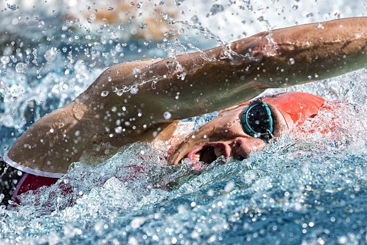Schwimmen trainiert den ganzen Körper