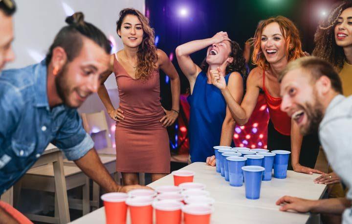 Trinkspiele & Partyspiele